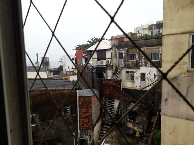 Apartamento de 2/4 com varanda com Vista Mar No Rio Vermelho - Foto 5