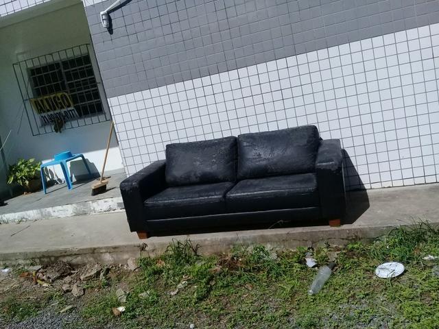 Sofa dois lugares precisando de cobrir - Foto 2