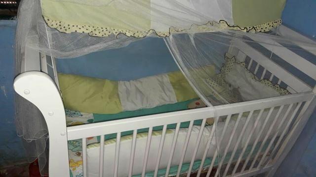 Berço americano que vira cama + kit de berço completo - Foto 3