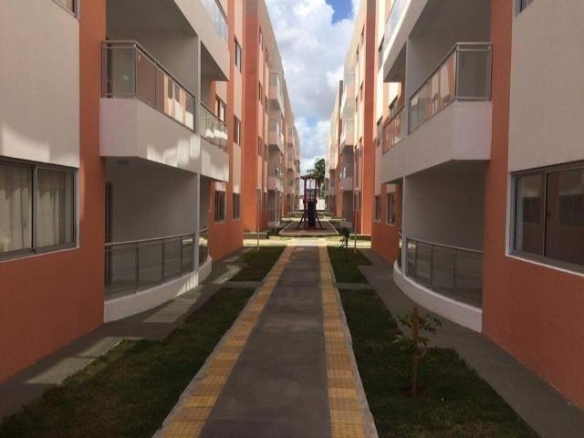 Apartamento no Condomínio Jardim Maria Lopes