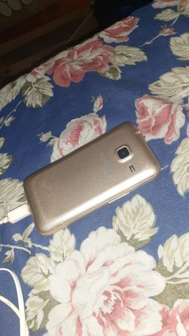 J1 mini funciona tudo so ta trincado celular simples - Foto 2