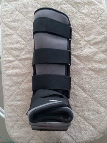 Bota ortopédica usada - Robofoot longa - Foto 3