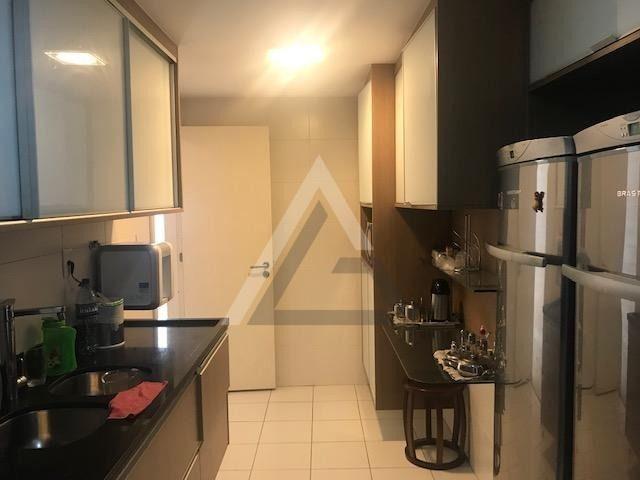 Apartamento mobiliado, nascente, andar alto 4 quartos em Patamares/Salvador-BA - Foto 7