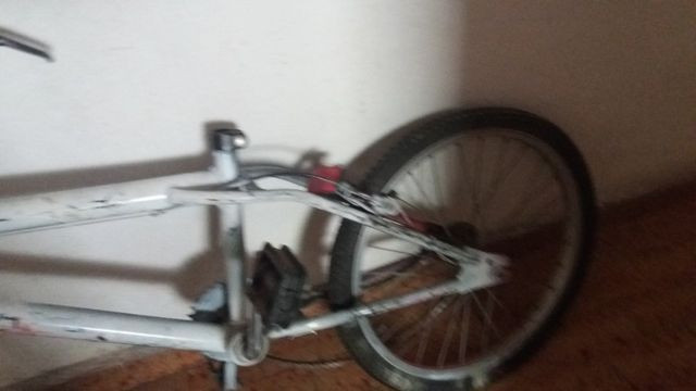 Bicicleta bandeirante antiga projema aro 20 sem Banco - Foto 3