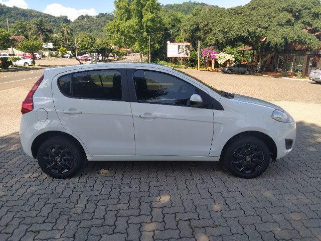 Fiat Palio Attractive 1.0 8V (Flex) 2014 - Foto 10