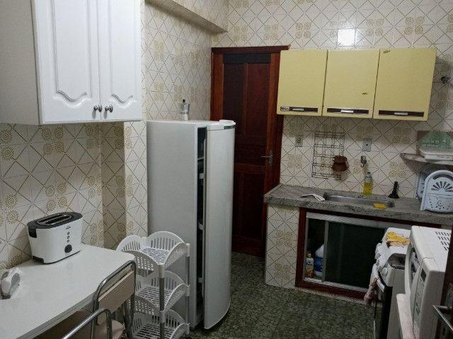 A104 - Apartamento no centro com dois dormitórios - Foto 2