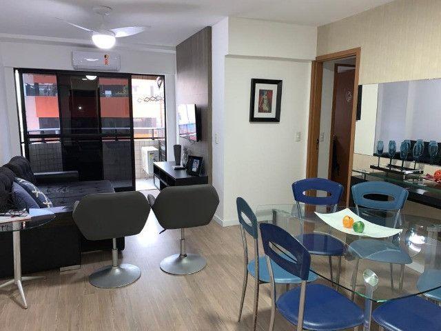 Apartamento 3 Quartos +DCE, Varanda, Completo de Armários - Ponta Verde - Foto 2