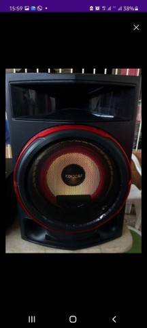 Vendo Dois caixas LG CL87 2350 watts - Foto 4