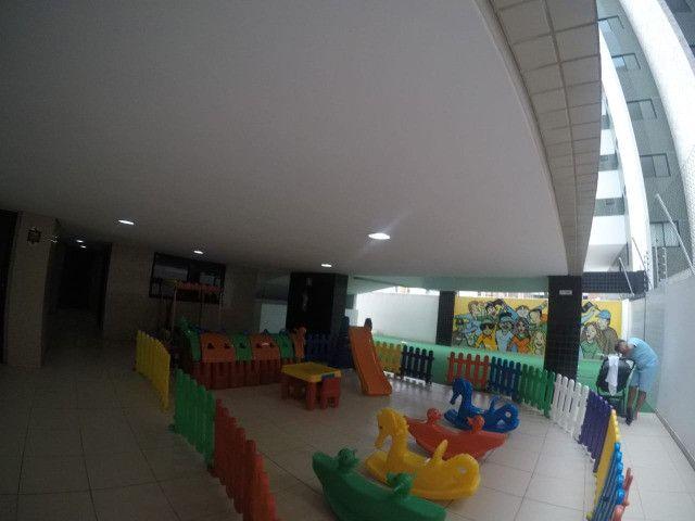 Apartamento 3 Quartos +DCE, Varanda, Completo de Armários - Ponta Verde - Foto 10