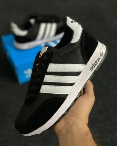 Tênis Adidas  - Foto 4