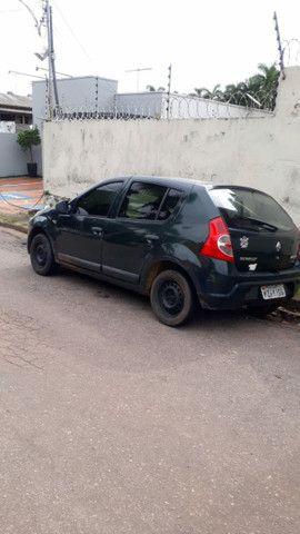 carro sandeiro da Renault ano 2008 completo aceito troca  - Foto 2