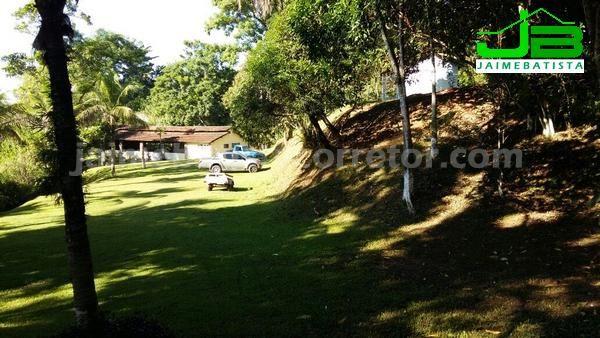 Ótimo sítio 90 mil m² c/ 3 casas em Vale das Pedrinhas - Guapimirim/RJ - Foto 12