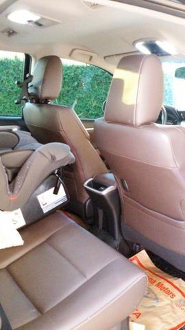 Toyota Hilux - SW4 - Automática - Diesel 4 x 4 - 7 lugares