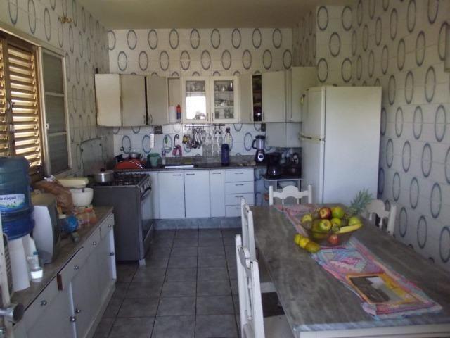 Excelente casa no Caiçara - Foto 16