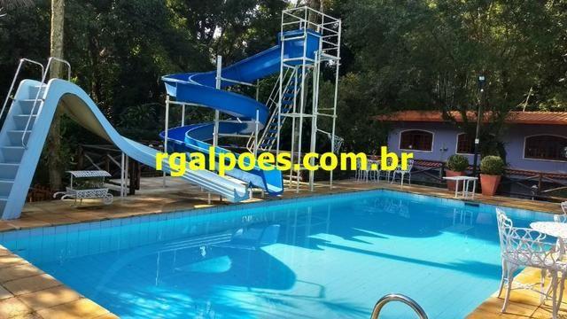 G 1423, Sítio de 2.000m² com piscina, churrasqueira próximo a Rio-Petrópolis - Foto 14