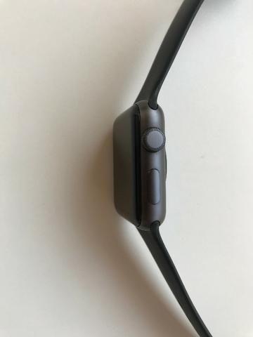 Apple Watch Series 3 42mm GPS + Pulseira De Aço + 2 Películas Skinomi - Foto 5