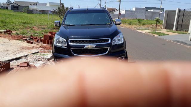 Urgente vendo S10 ltz aut diesel motor 200cv 98 mil no Dinheiro - Foto 2
