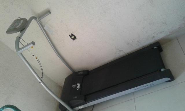 4698f0e34a4 Esteira caloi fitness premium electronic 1.4