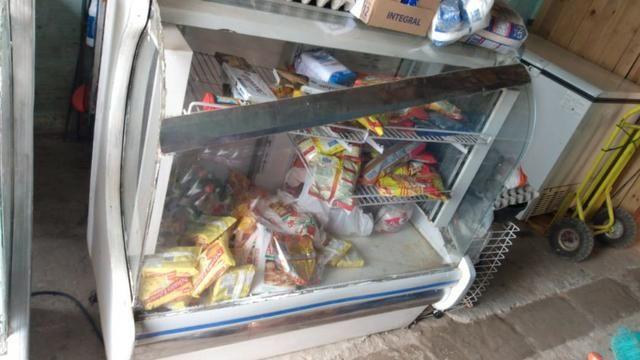 Refrigerador balcão (R$300,00)