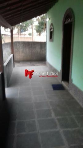 4035 - Casa com 4 quartos e quintal amplo para sua moradia em Unamar