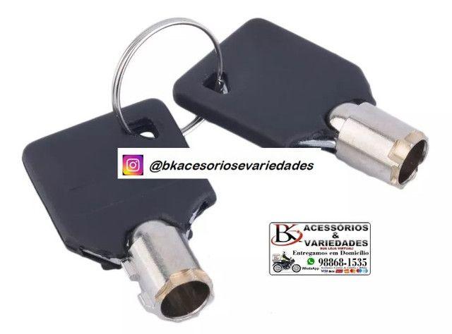 Cadeado Trava De Disco p/ Moto C/ Chave Luatek ?BL09- Aceitamos cartão de Crédito - Foto 5