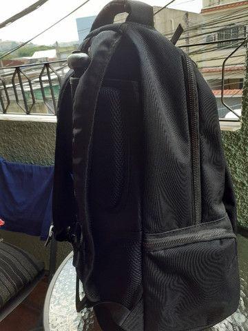 Vendo mochila Stradda com rodinhas, para notebook também. Seminova - usei apenas 2 vezes - Foto 3