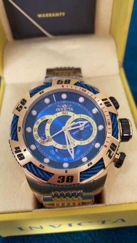 Relógio Invicta Speedway Tritnite Fundo Azul a prova d'água
