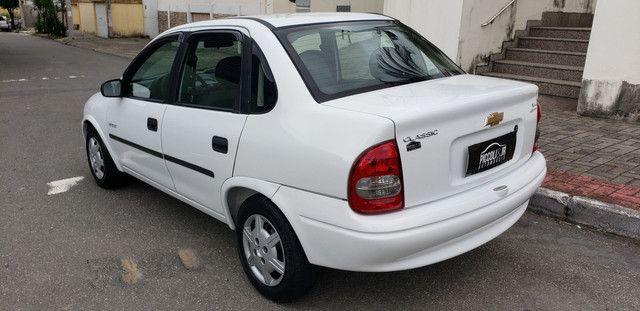 Chevrolet classic 1.0 completo vendo troco e financio R$ 18.900,00