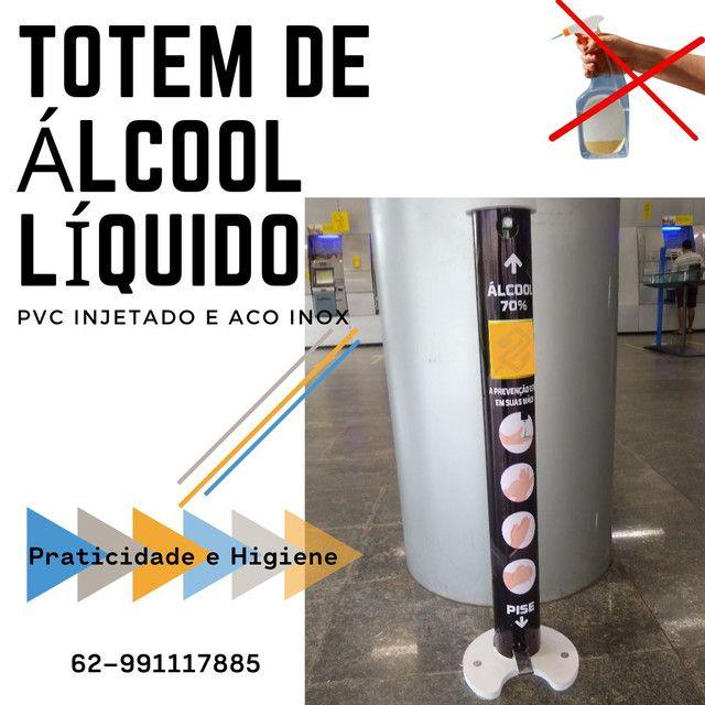 Totem de álcool líquido