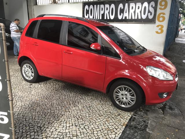 Fiat idea 2013 vermelha attractive 1 4 complet ssima nova for Precio fiat idea attractive 2013
