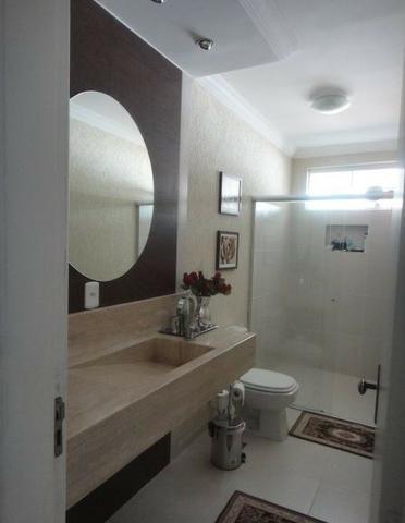 Samuel Pereira oferece: Magnífica casa térrea no Condomínio Mansões Entre Lagos com lazer - Foto 15