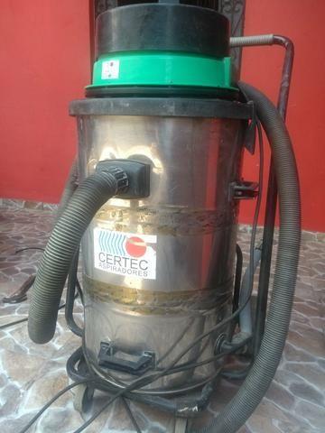 Aspirador de pó industrial pó e agua ideal para lava jato