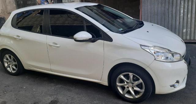 Vendendo carro peugeot 208 - Foto 3