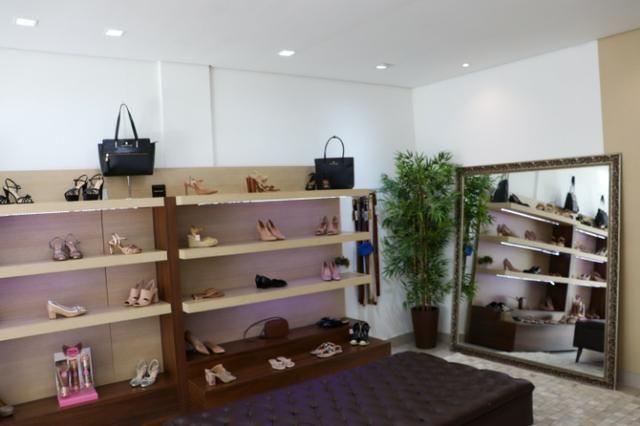 Vendo linda loja de calçados femininos em Cuiabá - Foto 2