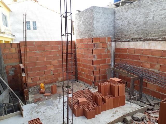 Mão de obra : M.B construção e reformas e serviços de pintura