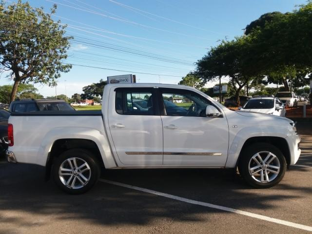 VOLKSWAGEN  AMAROK 2.0 HIGHLINE 4X4 CD 2015 - Foto 9