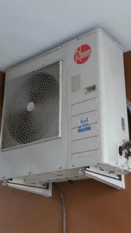 Barbada Ar condicionado split 30.000 BTUs Rheem pouco uso , aceito cartão