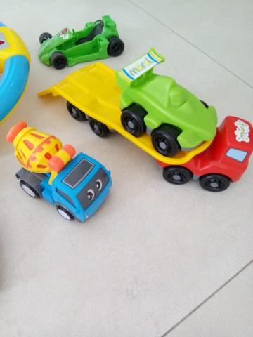 Lote de brinquedos infantis - retirar no centro de Curitiba