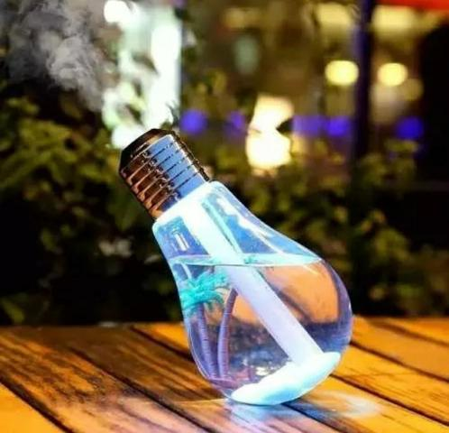Umidificador De Ar Formato Lampada Aromatizador Luminária - Foto 3