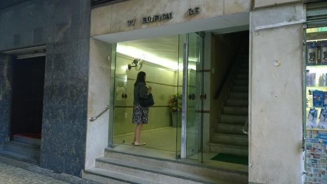 Ótimo Escritório ou Kitnet no Centro colado metrô Cinelândia - Foto 11
