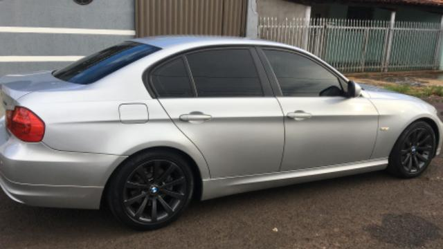 BMW-320i - Foto 3