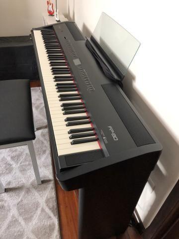 Piano Roland FP80