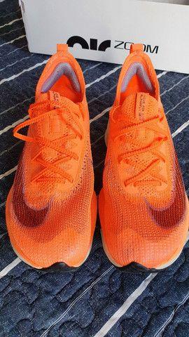 Tênis Nike Air Zoom Alphafly Next% original 38 mango - Foto 3