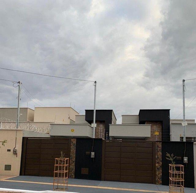 Casa para Venda em Goiânia, Chácaras Buritis, 3 dormitórios, 1 suíte, 2 banheiros, 2 vagas - Foto 2