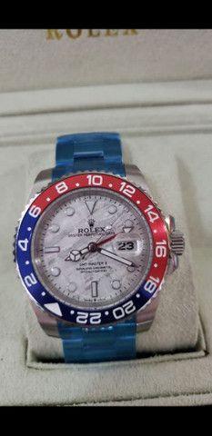 Relógio Rolex GMT Master II Automático Fundo Branco a prova d'água