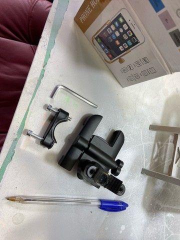 Suporte de aluminio para Celular guidão de moto e bike - Foto 6