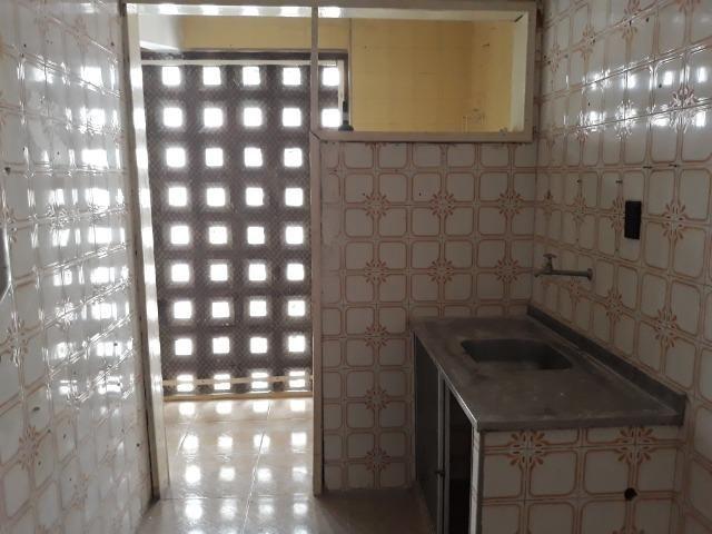 Apartamento para aluguel com 81 metros quadrados e 2 quartos em Carlito Pamplona - Fortale - Foto 14