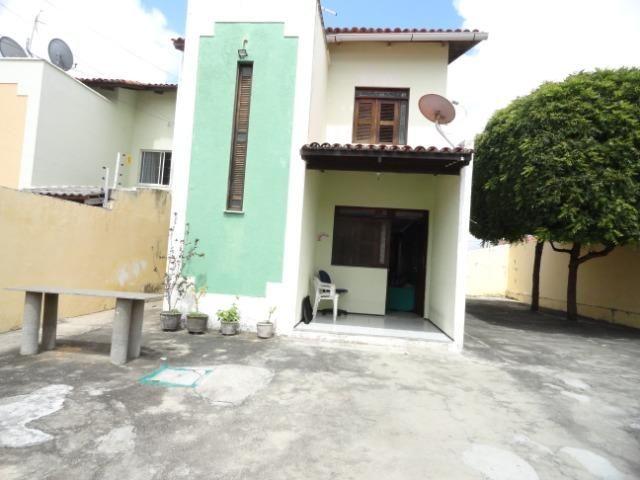CA0098 - Casa 318m², 3 Quartos, 10 Vagas, Sapiranga, Fortaleza