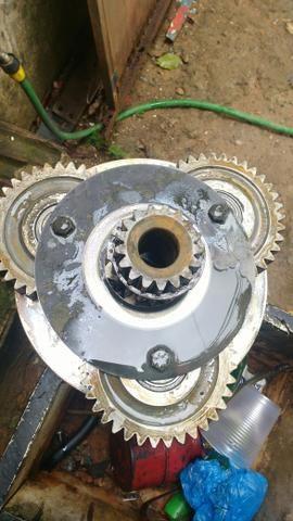 Motor de deslocamento da volvo 140