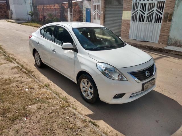 Nissan Versa 2014 1.6 completo - Foto 4